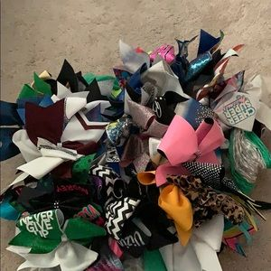 Cheerleading bows